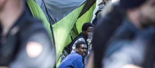 Sparatoria nel campo di immigrati di San Ferdinando a Rosarno, extracomunitario ucciso