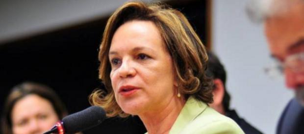 Nova Secretária de Mulheres provoca polêmica