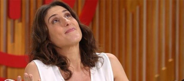 Paola é uma das juradas do programa