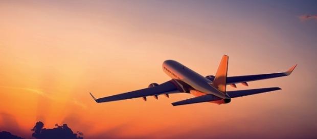 Un aereo in volo nei cieli europei