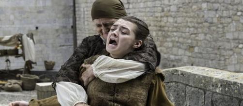 Arya es apuñalada en 'The Broken Man'