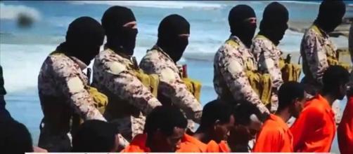 Estado Islâmico divulga lista com nomes de brasileiros que devem ser mortos. Foto: Youtube