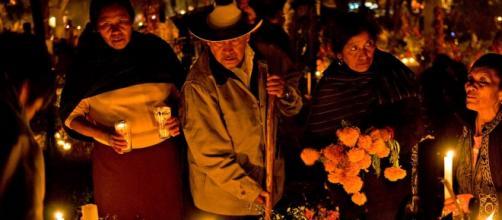 La tradicional noche de día de muertos en Pátzcuaro