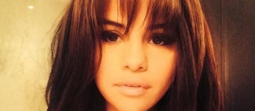 Selena Gomez surgiu com novo corte de cabelo