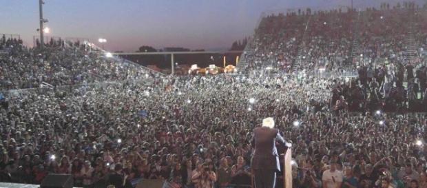 Comício de Bernie Sanders em Sacramento, na Califórnia