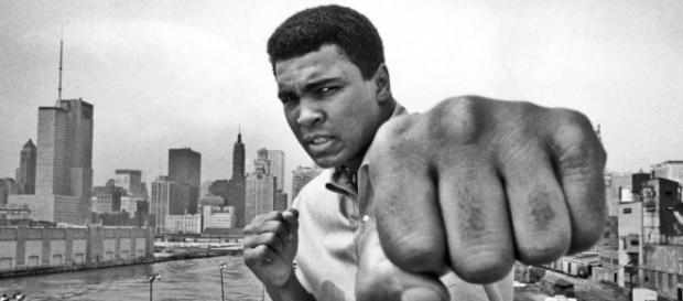 Muhammad Ali é considerado o maior lutador de boxe de todos os tempos.