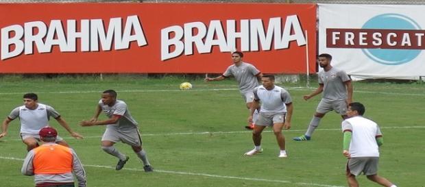 Na manhã de sexta, Flu encerra preparação para encarar o Grêmio (Fonte: Edgard Maciel de Sá / Globoesporte)