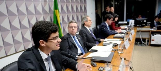 Reunião da Comissão do Impeachment (Foto: Reprodução/Google)
