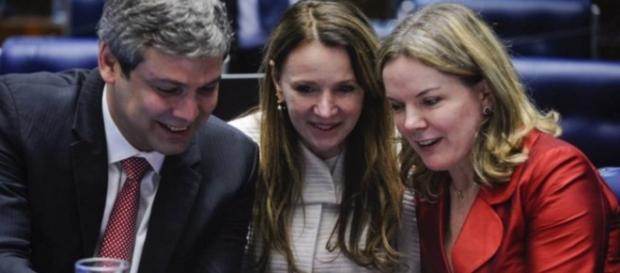Senadores petistas não acreditam mais na volta de Dilma