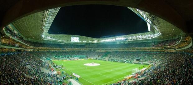Allianz Parque lotado para um jogo de alta tensão