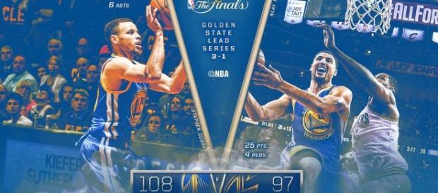 Curry (38) y Thompson (25) cuajaron un gran partido