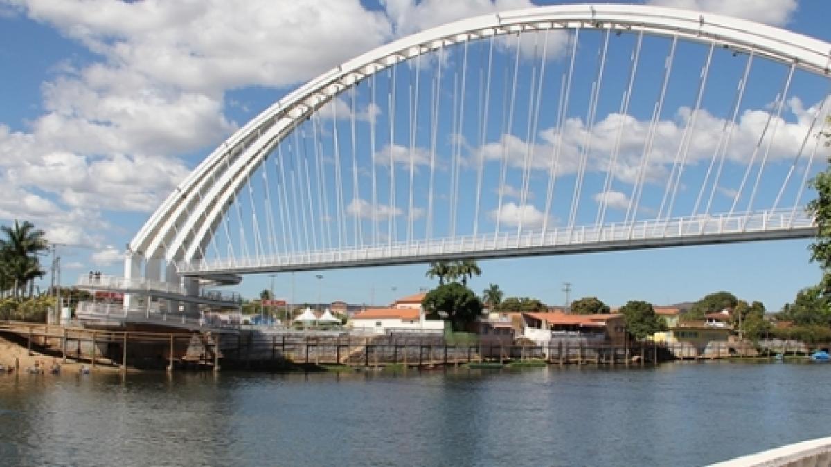 São Félix do Coribe Bahia fonte: staticr1.blastingcdn.com