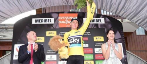 Froome conquistó por tercera vez el Criterium du Dauphiné y reforzó su papel de favorito de cara al Tour de Francia