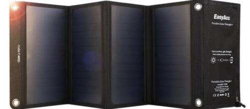 Caricabatteria Solare 4 porte con 28W