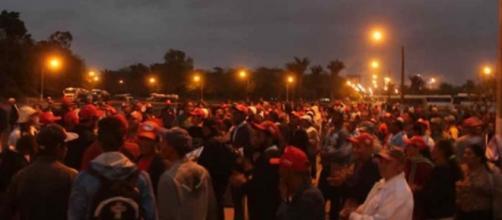 Manifestação conta com a presença de 1400 integrantes do MST