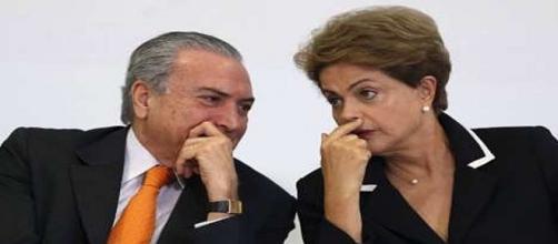 Presidente interino Michel e ex-presidenta Dilma