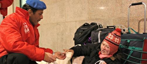 Raddoppiati di numero gli indigenti in Italia negli ultimi sette anni: il volontariato non basta