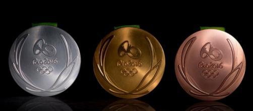 En una ceremonia en Río de Janeiro fueron presentadas las medallas y el podio de Río 2016