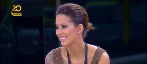 Érica Silva diz que levou socos e pontapés do ex-namorado