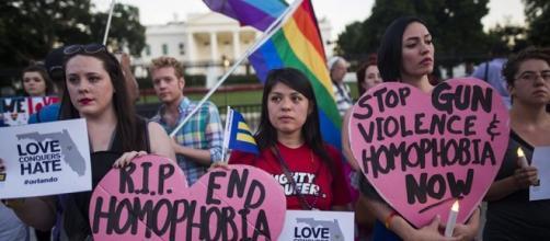Il cordoglio per le 49 vittime di Orlando