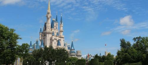 Tragedia en Disneyland Orlando: Continúa la búsqueda de un niño de dos años atrapado por un caimán