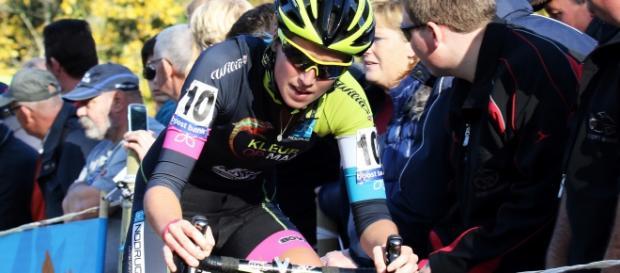 Femke Van den Driessche foi a primeira atleta a ser flagrada em um doping mecânico