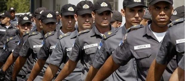 Policiais seguem sendo atacados no Rio