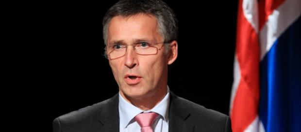 Secretarul general NATO Jens Stoltenberg, ia în considerare propunerea României de a găzdui un batalion de 5.000 de militari