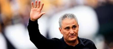 Técnico Tite aceita convite da CBF para dirigir Seleção Brasileira e deixa o Corinthians