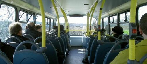 Consejos maternales en el autobús