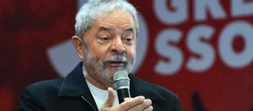Luiz Inácio Lula da Silva, foi o presidente do Brasil duas vezes