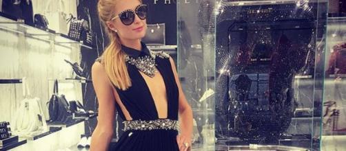 Paris Hilton testimonial a Milano ed ospite di una discoteca