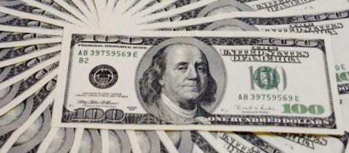 Peso cada vez pierde más terreno frente al dólar; la divisa ya se acerca a los $20
