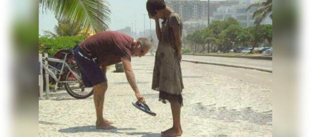 Ajude as pessoas mais necessitadas, elas contam com você.