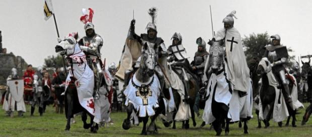 Krzyżacy szykują się na mecz z narodowcami z PiS