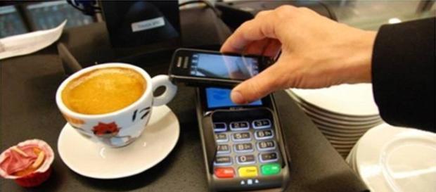 Los móviles sustituirán a las tarjetas físicas en el pago en los establecimientos