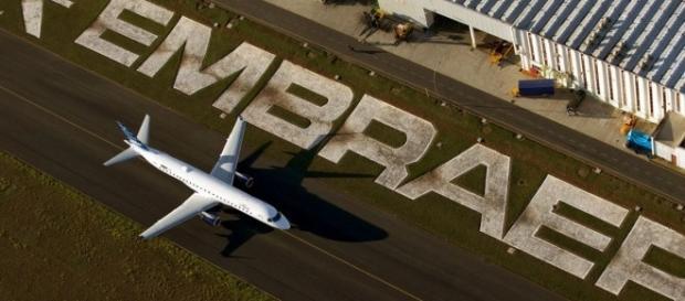 A Embraer disponibiliza várias vagas