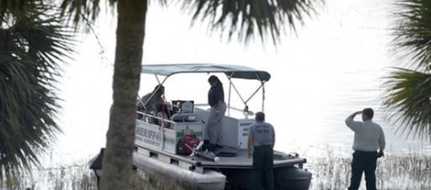 Corpo do menino atacado por um jacaré é encontrado por mergulhadores