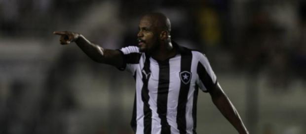 Jogador pode ser desfalque para o próximo jogo do Botafogo