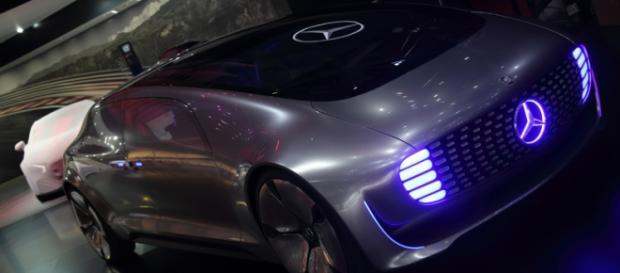 Le dernier concept-car Mercedes IAA
