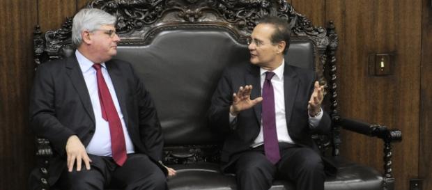 Rodrigo Janot (esq) quer prisão de Renan Calheiros (dir), que pede seu impeachment.