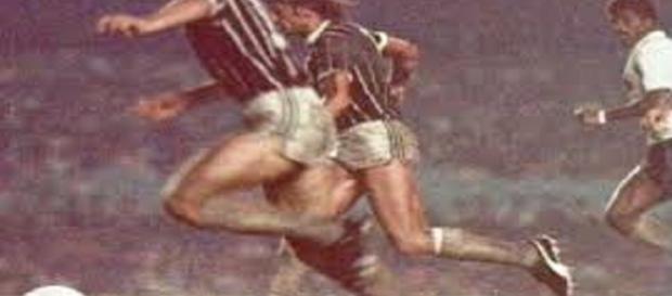 Semifinalistas de 1976, Fluminense e Corinthians, nesta quinta, disputam mais um clássico na história do futebol brasileiro (Fonte: Jornaleiros)