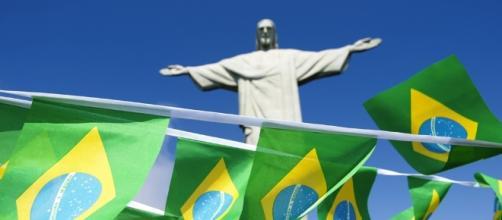 Brazil's richest man invests in Snapchat.