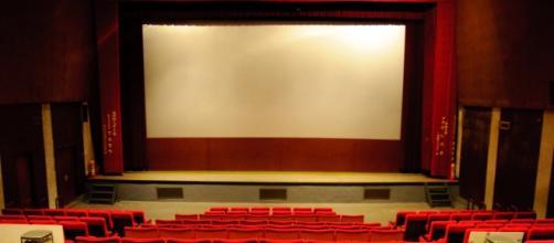 Documentary film review (Wikimedia)