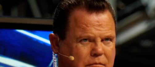 """WWE legend Jerry """"The King"""" Lawler / Photo via Miguel Discart, Flickr"""