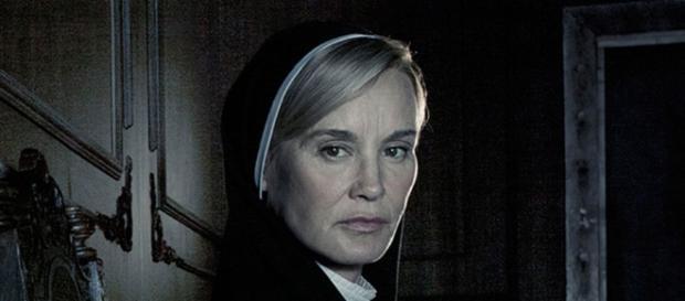 Jessica Lange como uma freira perversa, na 2ª temporada da série