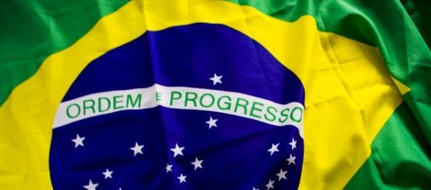 A crise política brasileira prejudica o país