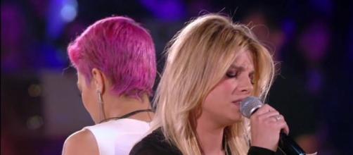 Emma Marrone ed Elodie Di Patrizi al concerto dei Modà
