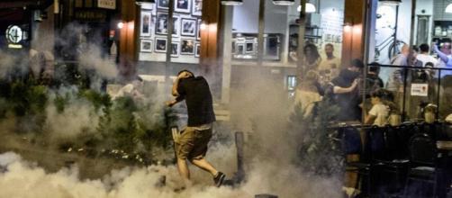 Istanbul attacco negozio dischi