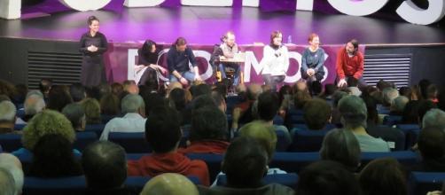 Un acto deplorable afecta a Podemos.